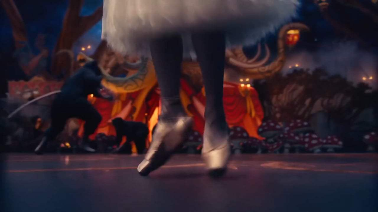 The Nutcracker and the Four Realms Featurette - Misty Copeland (2018) Screen Capture #4