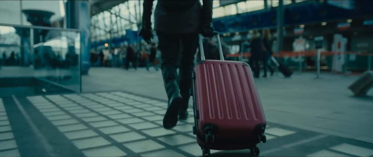 The Girl in the Spider's Web (2018) - Airport Escape Screen Capture #1