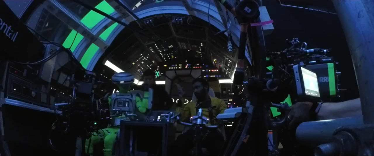 Solo: A Star Wars Story Featurette - Jumping to Hyperspace (2018) Screen Capture #3