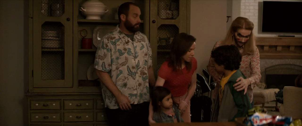 Instant Family (2018) - Dick Pic Screen Capture #4