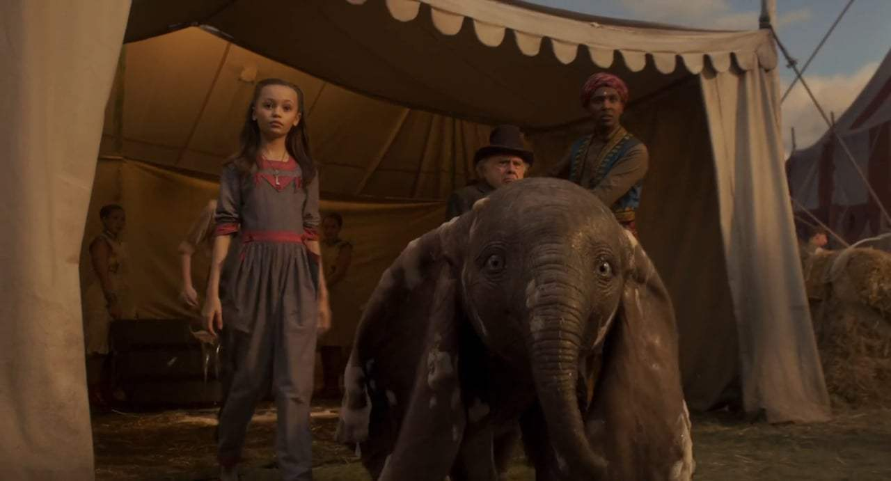 Dumbo Trailer (2019) Screen Capture #2