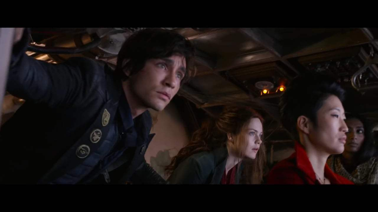 Mortal Engines TV Spot - Hunting Ground (2018) Screen Capture #3