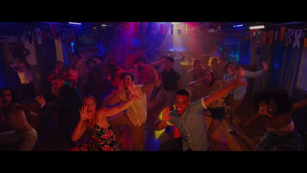 Isn't It Romantic (2019) - Don't You Want to Dance Screen Capture #3