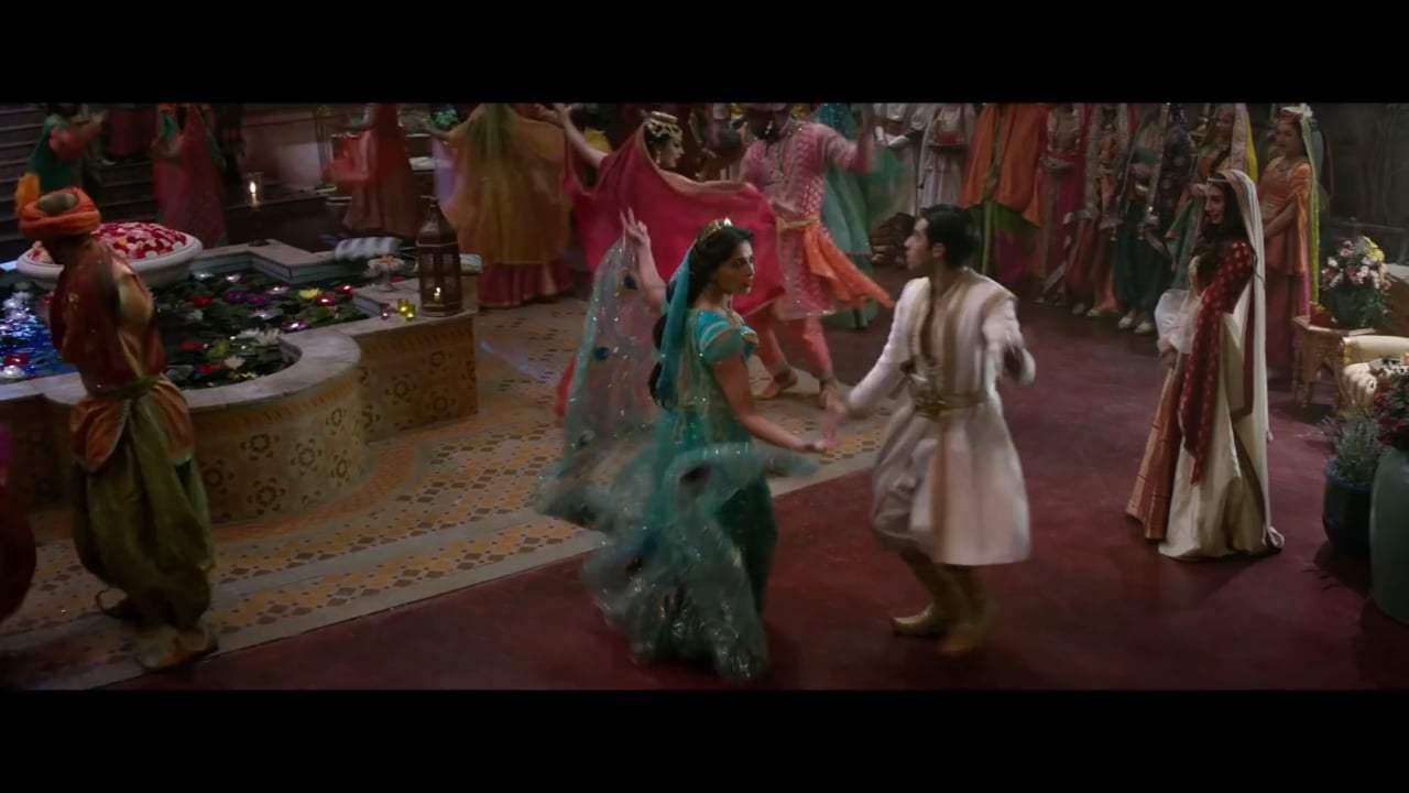 Aladdin Featurette - C...