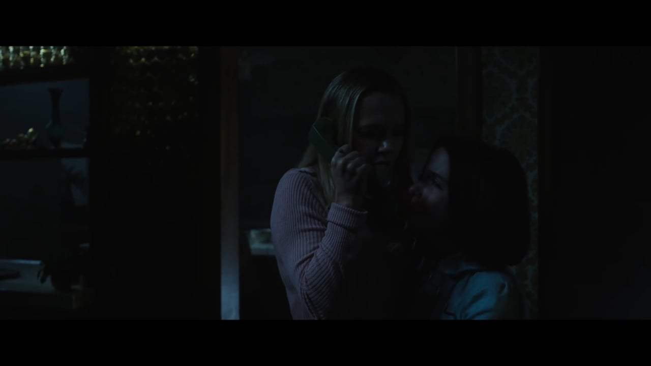 Annabelle Comes Home Theatrical Trailer (2019) Screen Capture #4