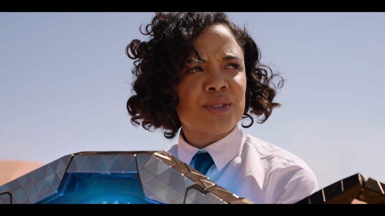 Men in Black International (2019) - Desert Weapon Test Screen Capture #1