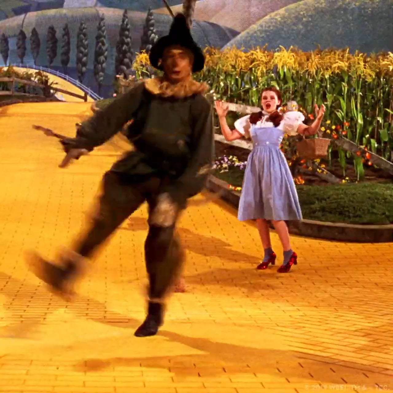 The Wizard Of Oz TV Spot - 4K Announcement (1939) Screen Capture #2