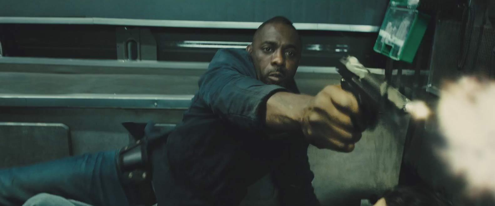 Bastille Day Trailer Screencap - Idris Elba