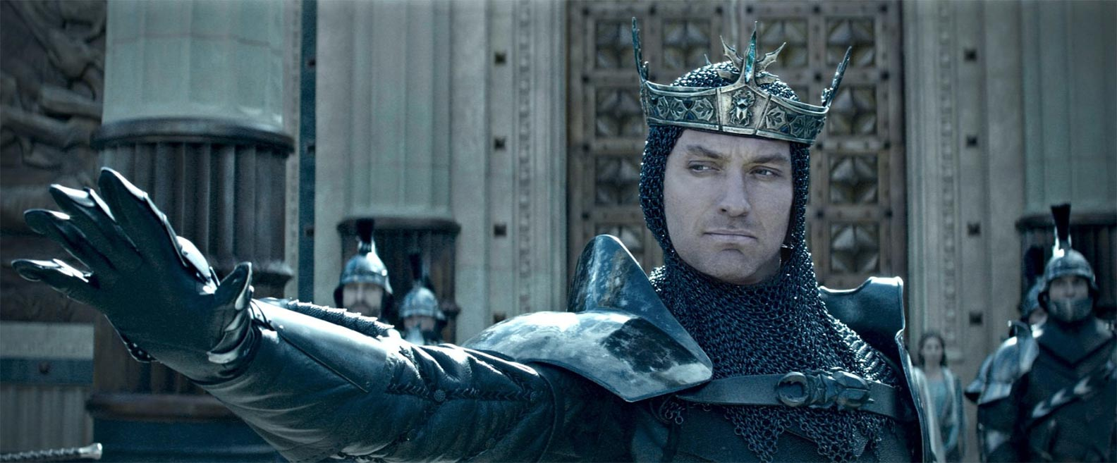 King Arthur: Legend of the Sword Trailer Screencap