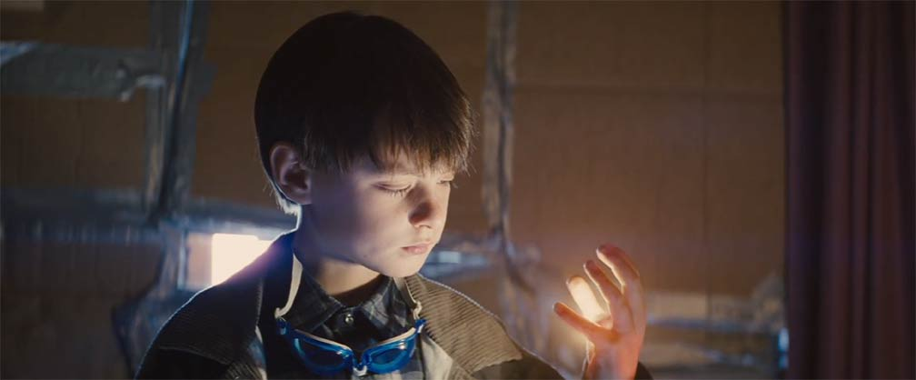 Midnight Special Theatrical Trailer Screencap