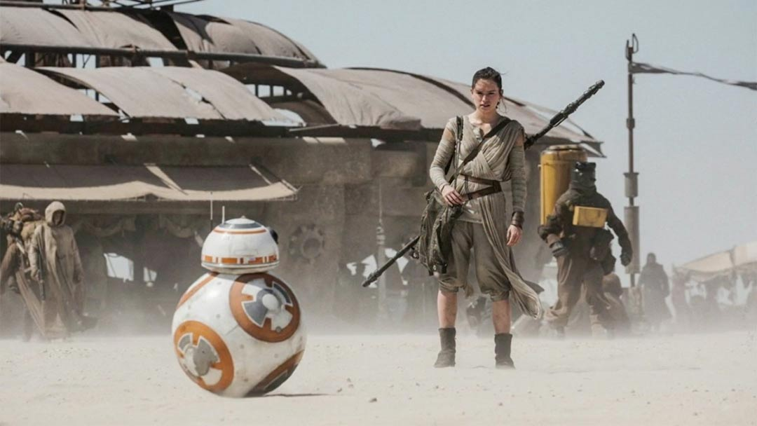 Star Wars: Episode VII - The Force Awakens Feature International Trailer Screencap