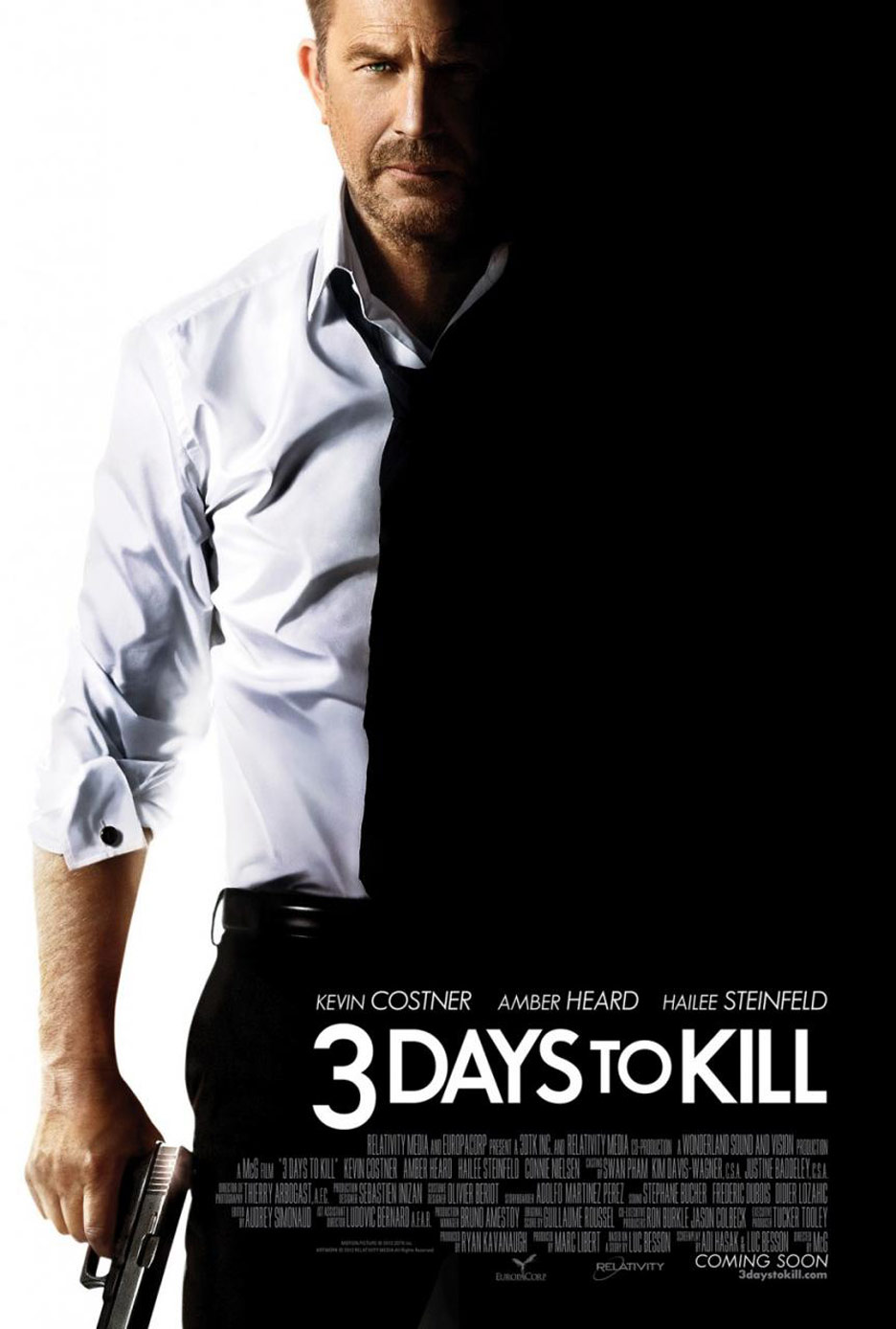 3 Days to Kill Poster #1