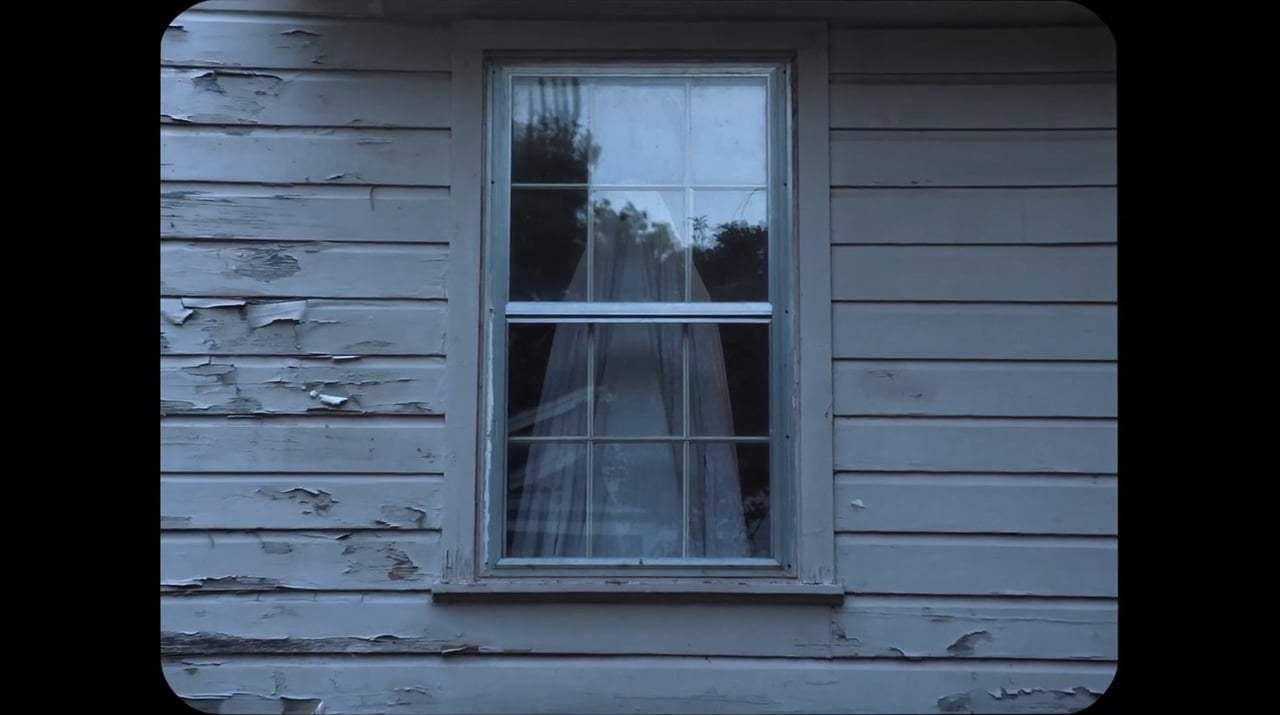 A Ghost Story Trailer (2017)