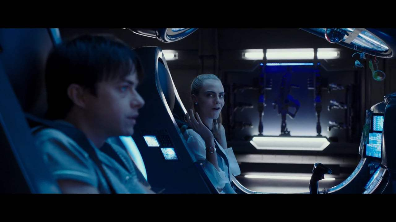 Valerian and the City of a Thousand Planets (2017) - Leaving Exo Space