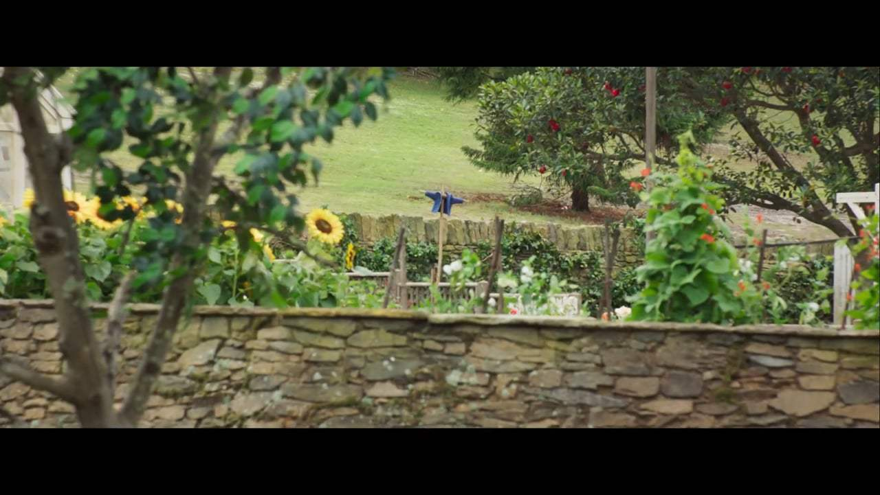 Peter Rabbit Featurette - Beatrix Potter (2018)