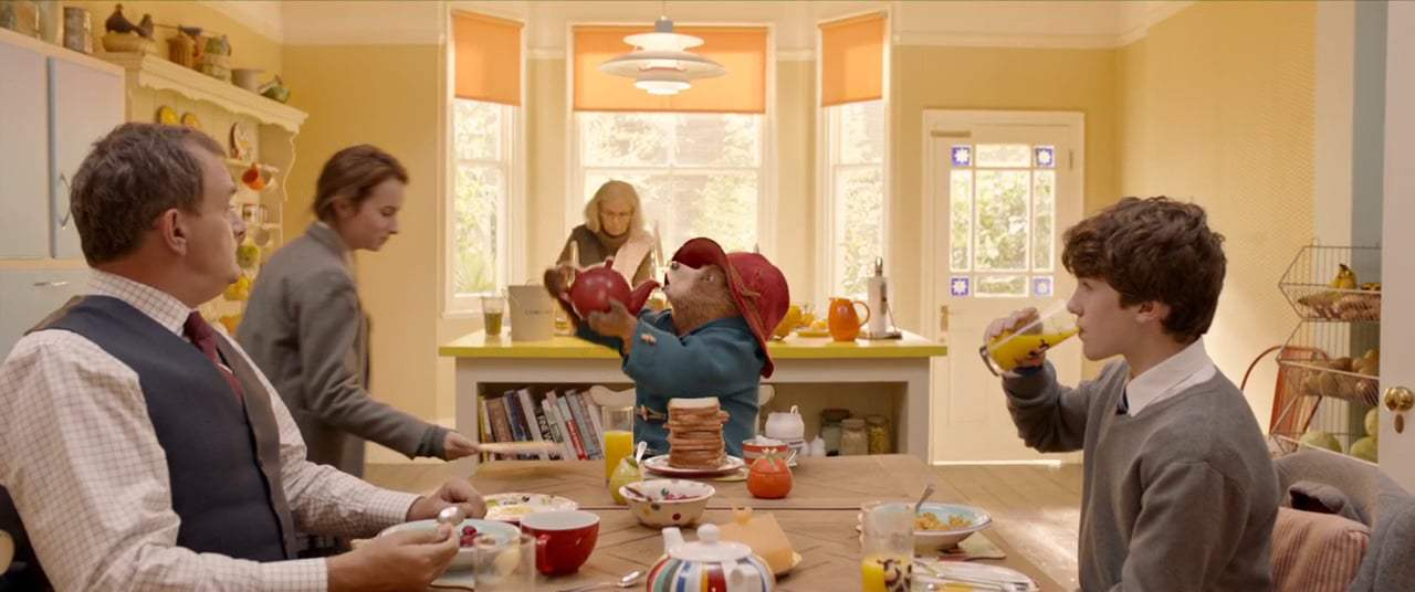 Paddington 2 (2018) - Wash Behind Your Ears