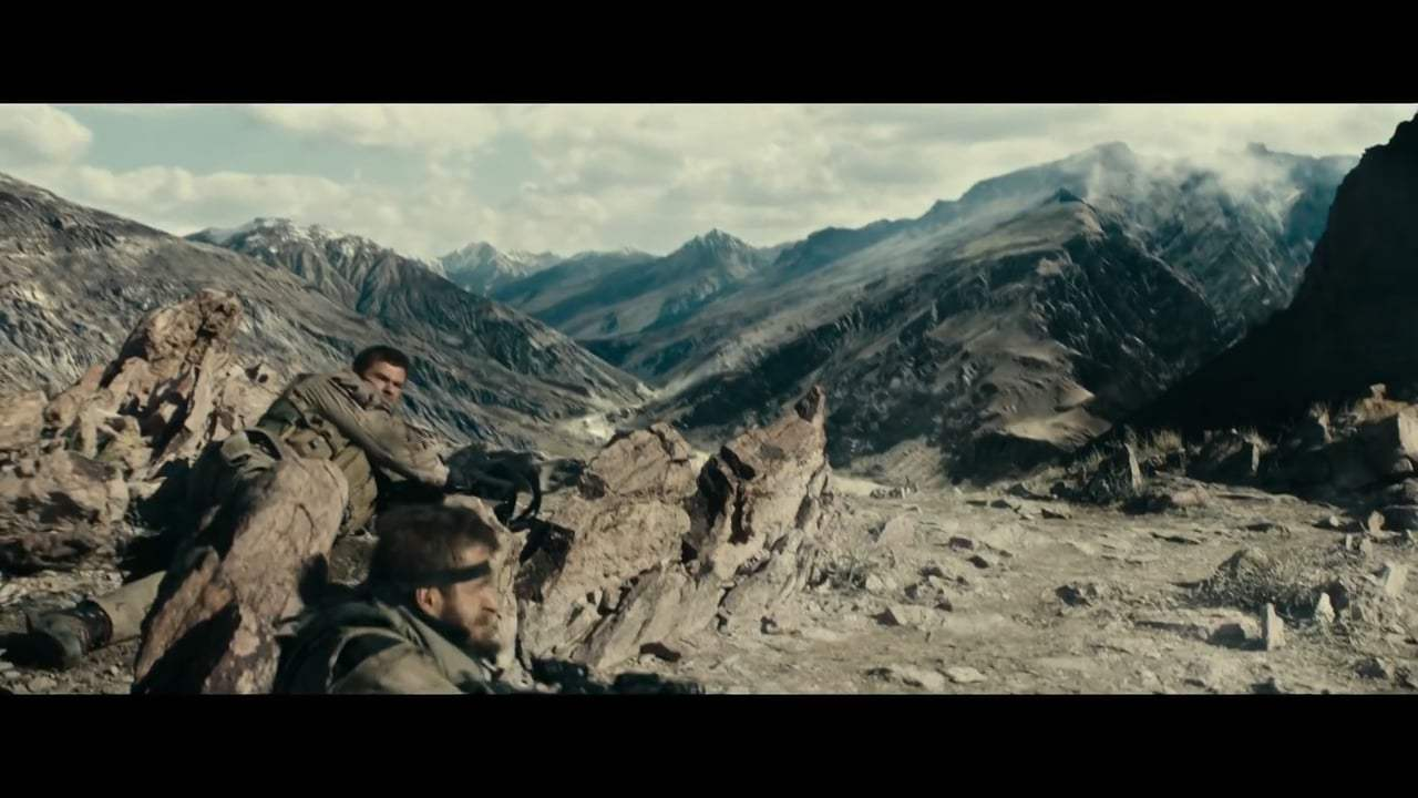 12 Strong Featurette - Fight Back (2018)