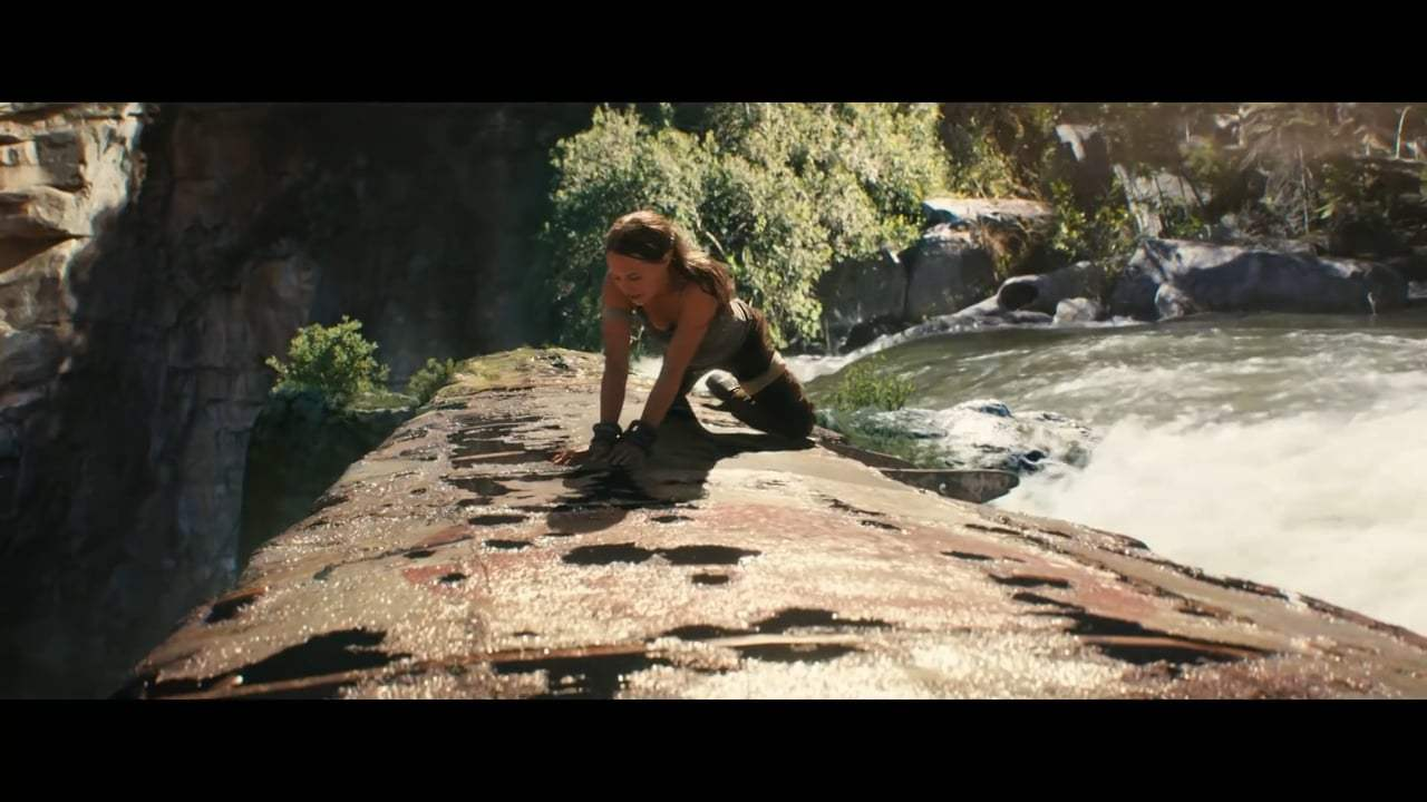 Tomb Raider (2018) - Waterfall