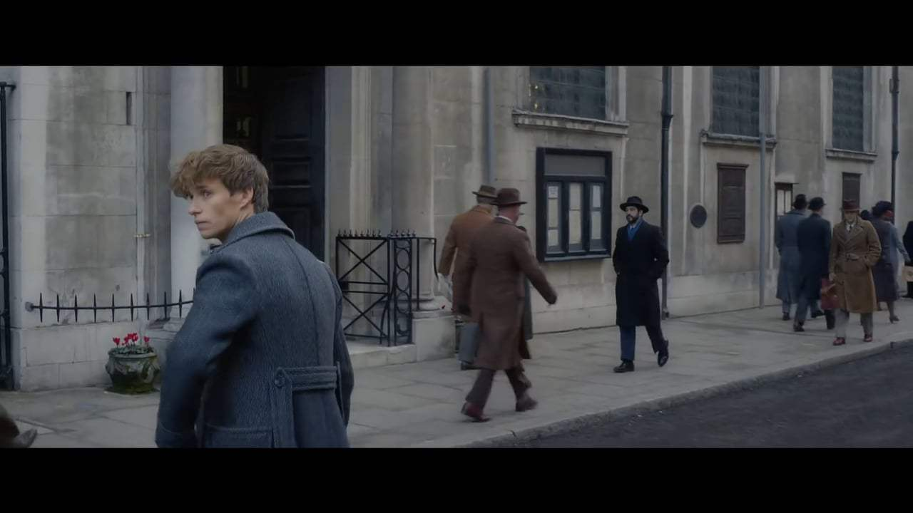 Fantastic Beasts: The Crimes of Grindelwald Trailer (2018)