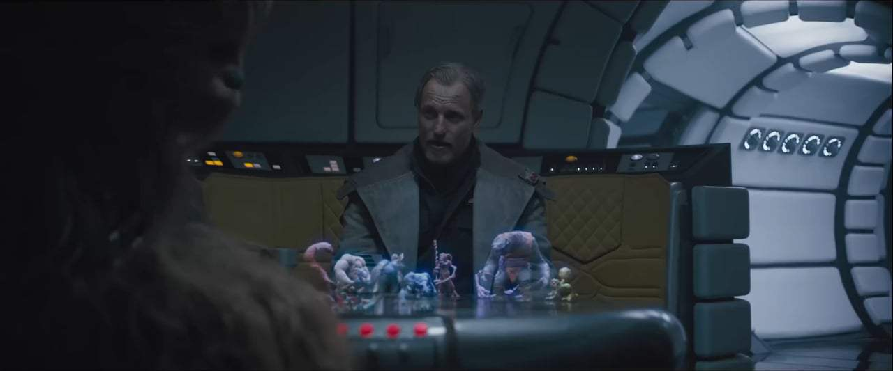 Solo: A Star Wars Story (2018) - Holochess