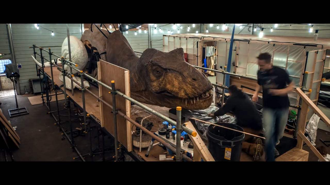 Jurassic World: Fallen Kingdom Featurette - More Dinosaurs Than Ever (2018)