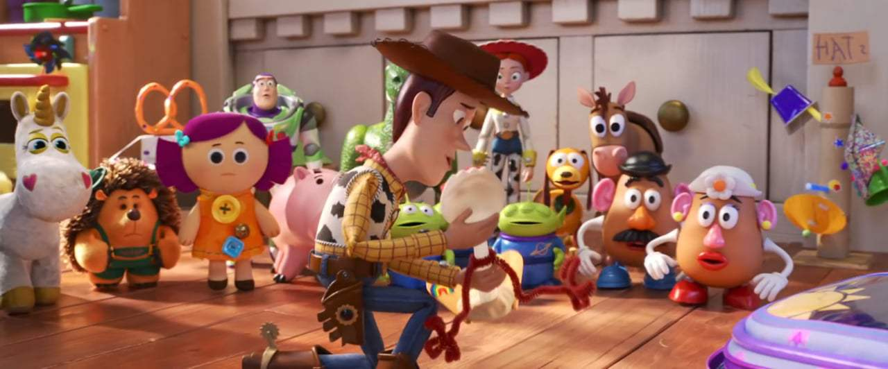 Toy Story 4 TV Spot - Making a New Friend (2019)