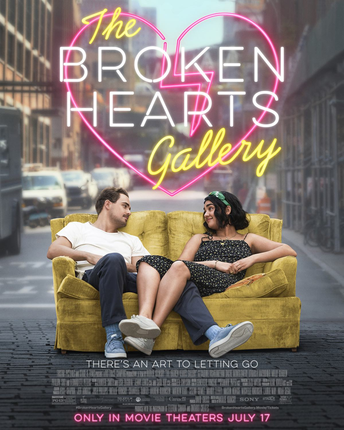 The Broken Hearts Gallery Poster #1
