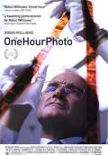 One Hour Photo (2002) Poster #1 Thumbnail