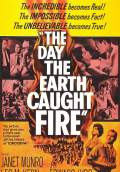 The Day the Earth Caught Fire (1961) Poster #1 Thumbnail
